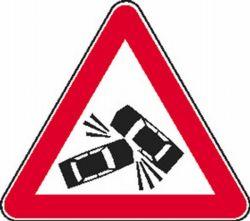 znak prometna nesreca