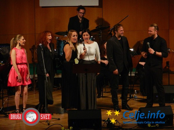 Željka Predojević, Vita Mavrič, Eva Hren, Nuška Drašček, Jure Ivanušič in Boštjan Korošec.