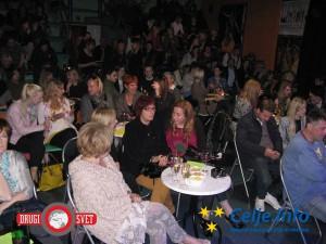 Plesni forum je bil v petek zvečer poln do zadnjega kotička.