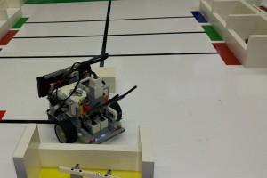 gimnazija lava roboti 2016 - robot