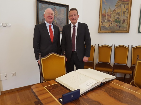 veleposlanik_nizozemska