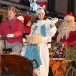 Celjanom v soboto zvečer ni bilo dolgčas: Najprej prišel Božiček, nato pa še Cheek to cheek (foto, video)