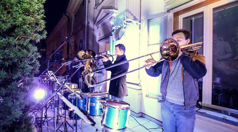 glasba_iz_pravljicnega_balkona_celje_1