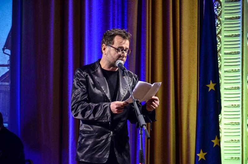 Slavnostni govornik dr. Tonček Kregar je izpostavil pomen dostopnosti in srčnosti kulture.