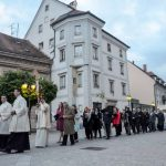 Praznovanje velike noči v celjski stolni cerkvi: slovesna vstajenjska maša (video)