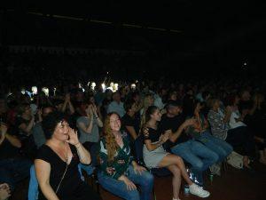 Obiskovalci so z veseljem popevali ob skladbah Mi2.