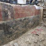 Dragocene freske na Muzejskem trgu bodo dobile zaščito še letos