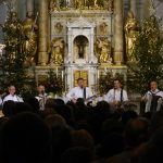 Glasba na hribu: božični koncert Prifarskih muzikantov (video)