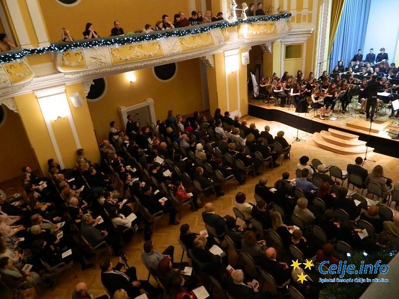 Novoletni koncert je oba večera pritegnil veliko zanimanja.