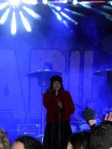 Eva Elena se je bendu pridružila leta 2014.
