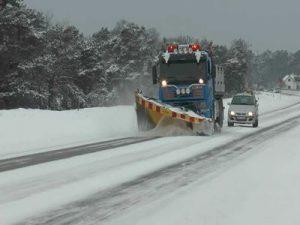 pluzenje-ceste-sneg