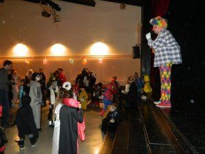 Gledališče Zarja je poskrbelo za izvrstno zabavo za najmlajše.
