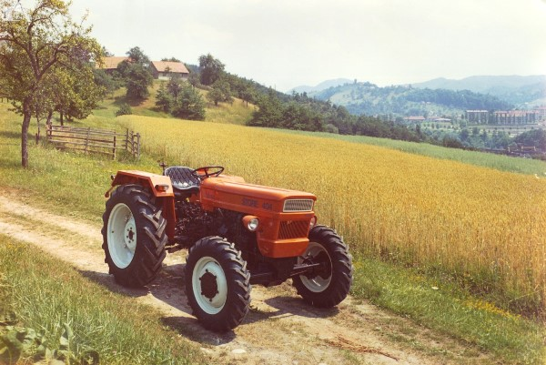 traktor_store_1978_polje