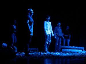Mladi Zarjani so pod režisersko taktirko Nejca Jezernika poskrbeli za izvrstno predstavo.
