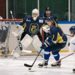 Hokejisti uspešno začeli četrfinale mednarodne lige; dekleta vse boljša