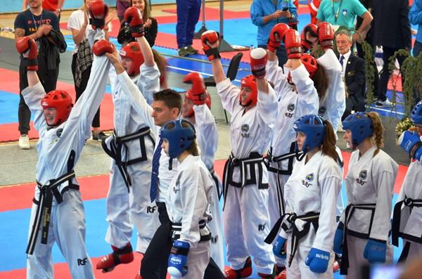 taekwon-do-evropske-prvakinje_april_2018_tatami