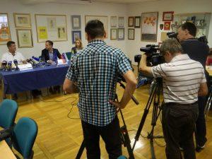 Hasan Ibrič, Gregor Globočnik in mag. Darja Turk so nam zaupali več o projektu Mesec športa.