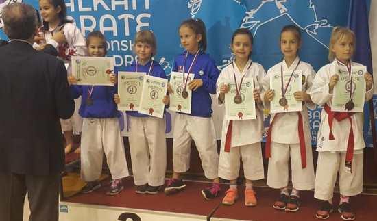 karate_april_2018_ekipno