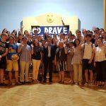 V Narodnem domu sprejem za češke dijake