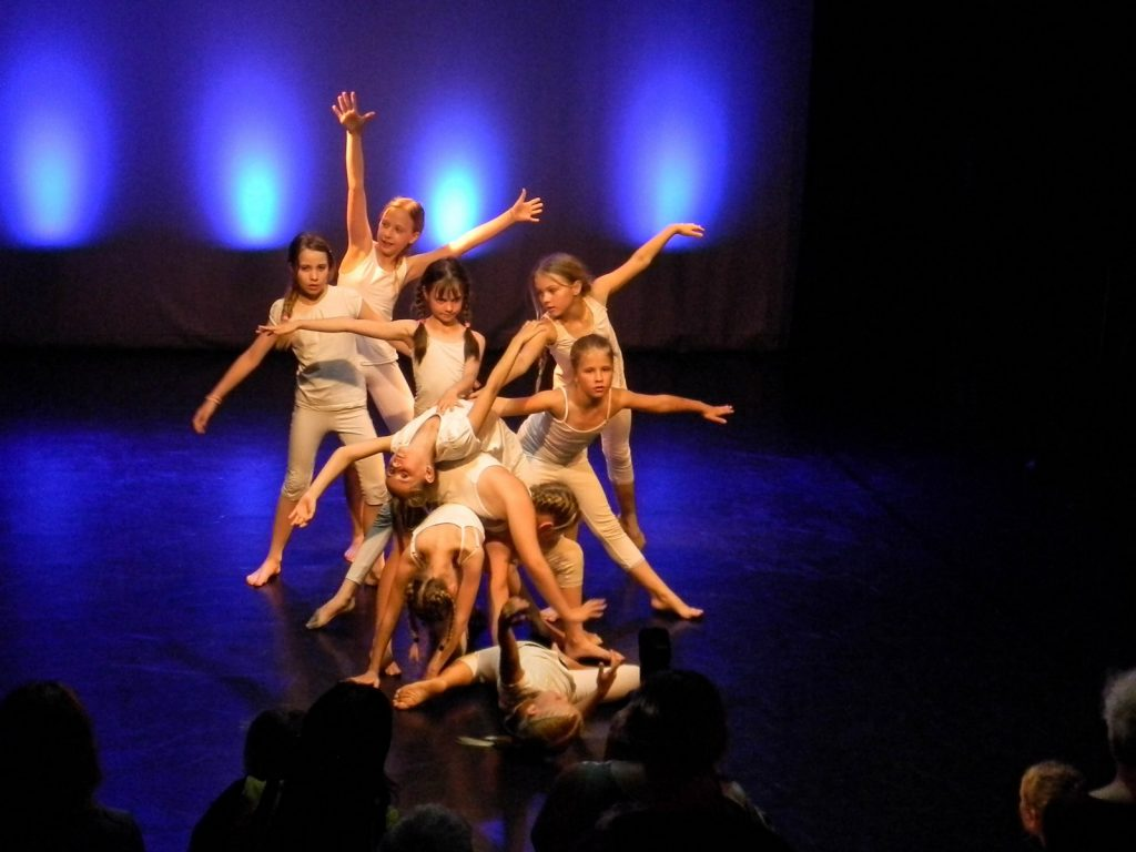 na-krilih-plesa-38