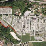 Okoli glavnega pokopališča proti srnam s trdno ograjo