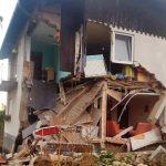 Na Lopati ob porušenju dela hiše evakuacija 9 ljudi, humanitarna akcija v teku