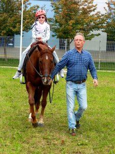 Največ zanimanja so brezkompromisno poželi konji.
