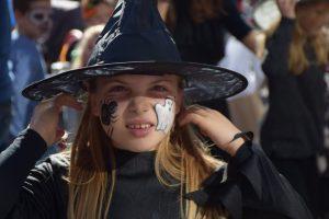 Celjski mladinski center so danes zavzele čarovnice.