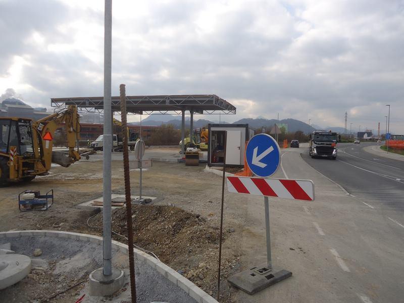 Polnilnica bo na relaciji Bukovžlak-City Center pri vojaškem skladišču.