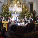 Prifarski muzikanti na božič zaigrali in zapeli pri sv. Jožefu v Celju
