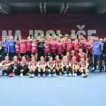 Krimovke in Celjani premierno odigrali žensko-moško rokometno tekmo: zmagovalke bolnice z rakom in njihovi svojci