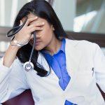 Razočaranje, žalost, jeza. To so razlogi, zaradi katerih celjska splošna zdravnica vrača koncesijo. Podpirate zdravnike?