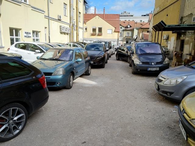 parkirisce-1