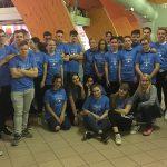 Dijaki ŠC Celje pobirajo žogice na mednarodnem namiznoteniškem prvenstvu za športnike invalide v Laškem