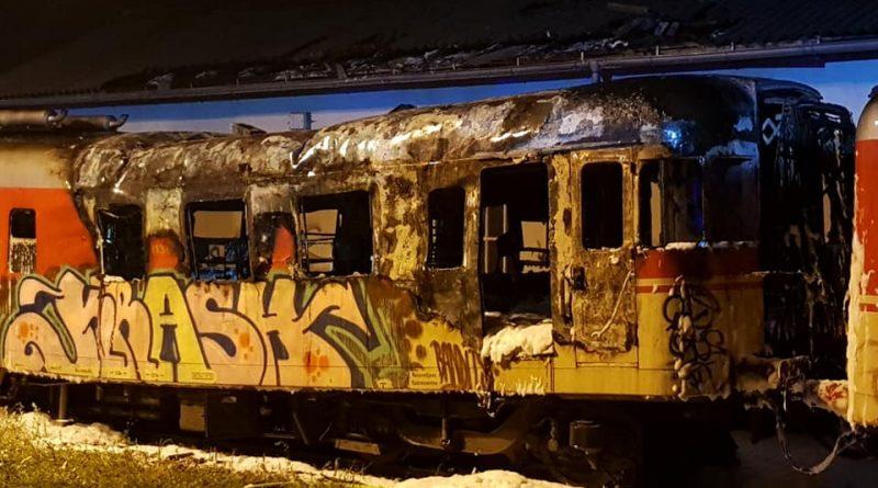 vlak_pozar_2019_maj