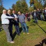 Ob obletnici partnerstva posadili drevo