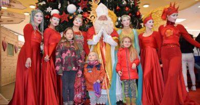 Miklavž razveselil celjske otroke v mestu in City Centru (foto, video)