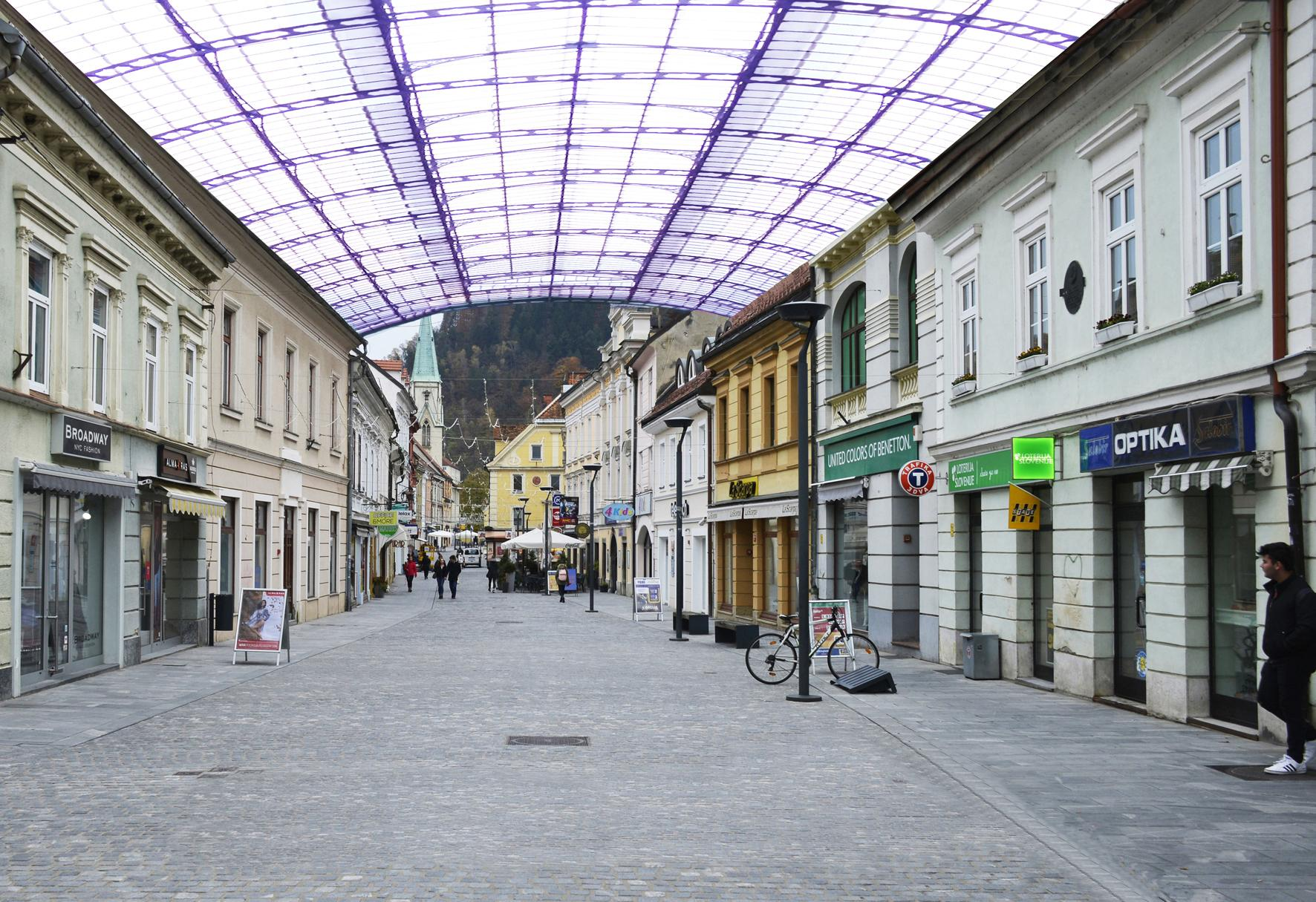 pokrita-ulica-celje-roman-fonda