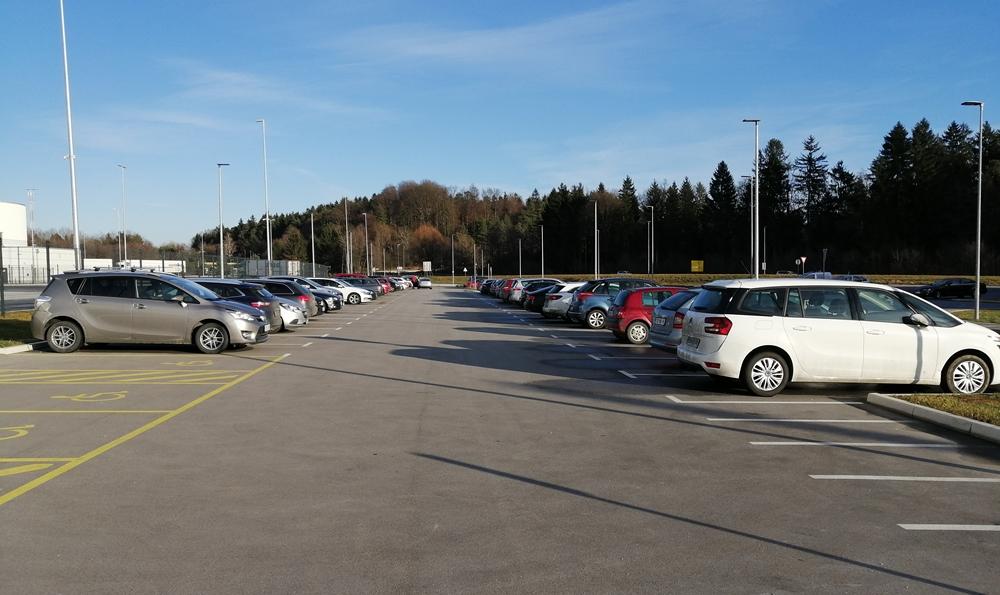 parkirisce-arnovski-gozd-2