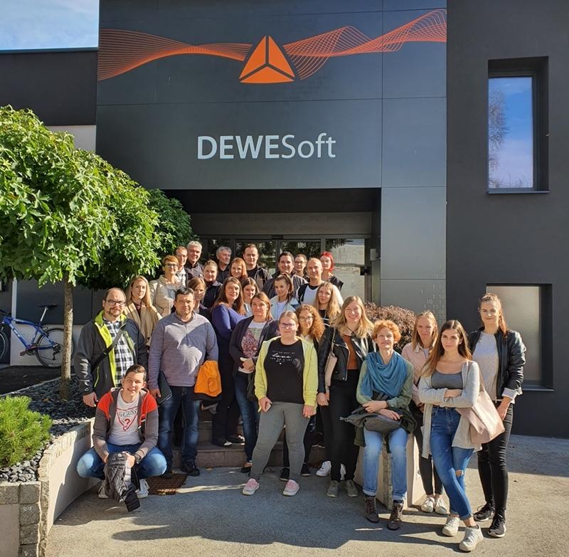Ekskurzija študentov v podjetje Dewsoft