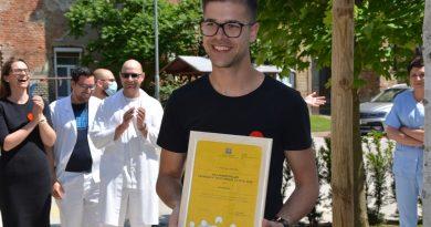Naj prostovoljec zaposlen v javni upravi 2019 je Celjan Milan Ninić. GCC med Junaki našega časa
