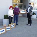 Rotary klub Celje doniral prenosne računalnike za učence