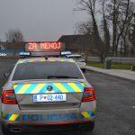 Policisti nadzirali varnostno razdaljo in naletele še na nekaj drugih kršitev (foto)