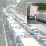 Na avtocesti pri Dramljah umrl češki voznik