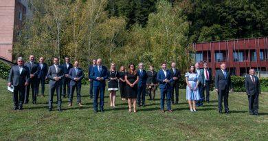 """Vladni predstavniki na Celjskem. Šrot:  """"Vesel sem, da se vlada zaveda, da Slovenija ni samo Ljubljana"""" (foto, video)"""