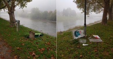 Vandali so se znesli nad smetnjaki na obrežju Savinje (foto)